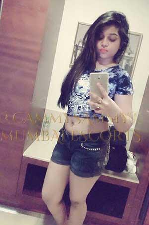 Mumbai escorts Trisha